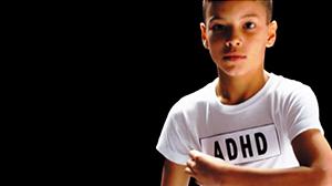 Jongen met het label ADHD