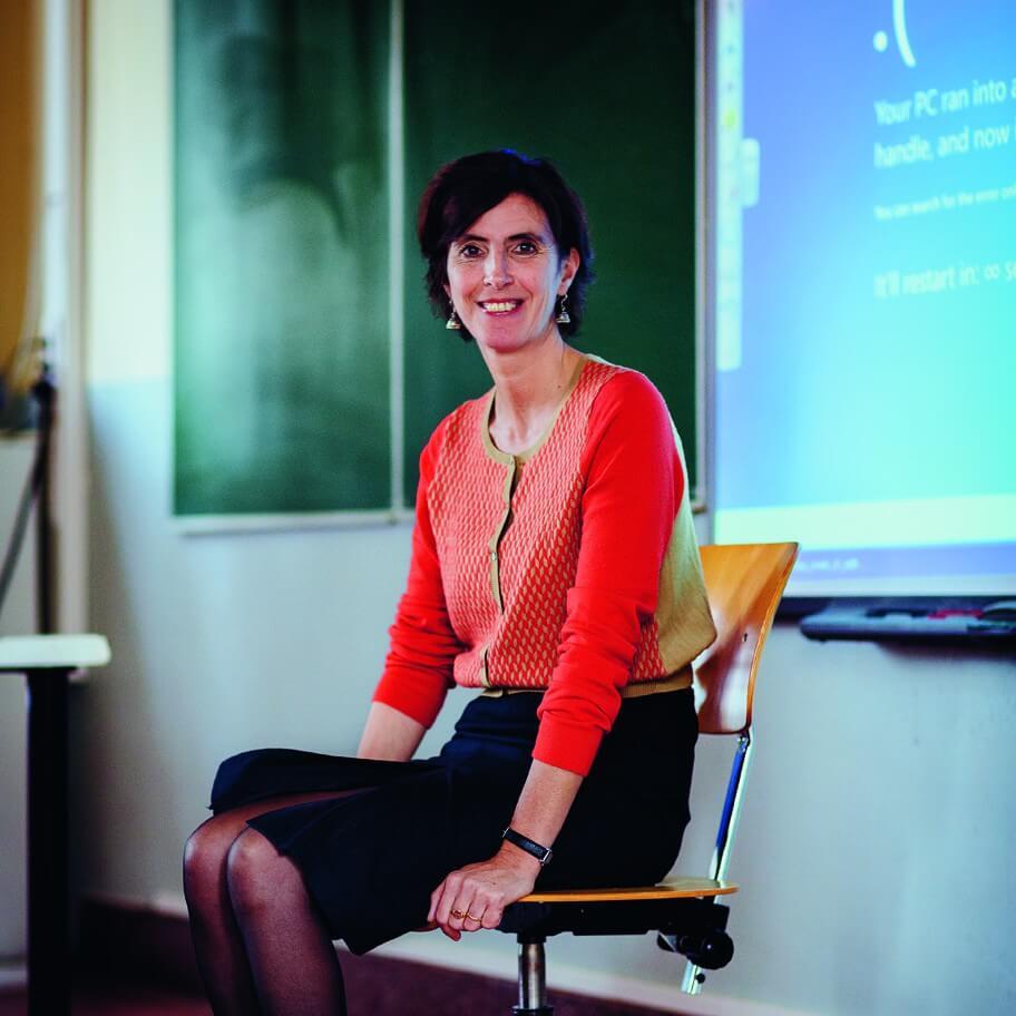 Carine Waeytens (47), leraar gedrags- en cultuurwetenschappen en leerlingenbegeleider