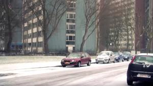 Sfeerbeeld met appartementsblokken in de sneeuw