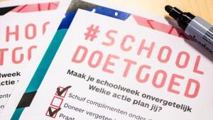close-up van de checklist Schooldoetgoed