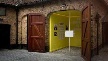 Buitenzicht van jenevermuseum