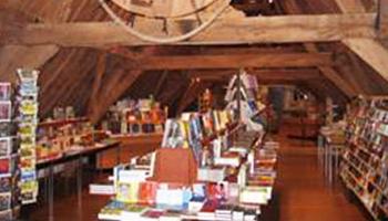 interieur boekenwinkel