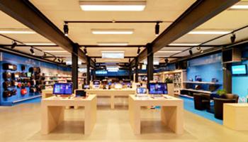 interieur computerwinkel