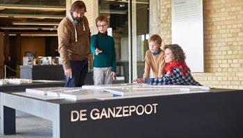 kinderen in museum westfront