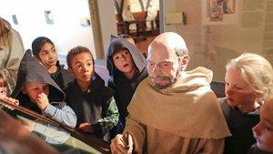 Klas op bezoek in 'Abdijmuseum Ten Duinen'