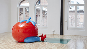 Parra Tomato in het The Millennium Iconoclast Museum of Art - MIIMA Molenbeek