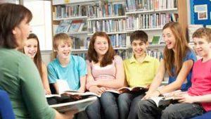 Tieners krijgen uitleg in CGSO Brugge