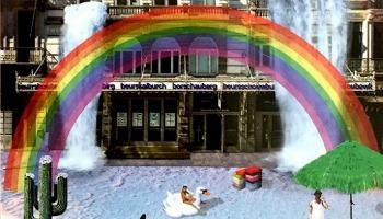tekening voorgevel Beursschouwburg met regenboog