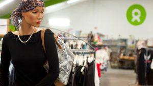 Winkel van Oxfam met tweedehands kleding