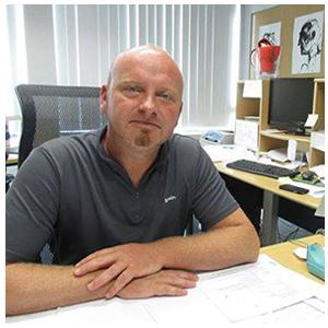 Peter is directeur van het Technisch Atheneum in Ieper