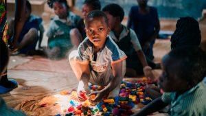 Kind in klas in Zambia