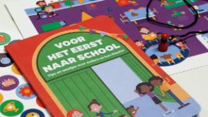 Voorbeeld van de brochure 'Voor het eerst naar school'