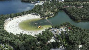 luchtfoto van Zilvermeer Mol