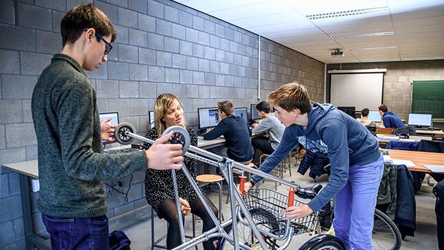 Community service learning : leerlingen werken samen aan hulpmiddel voor kinderen met een beperking