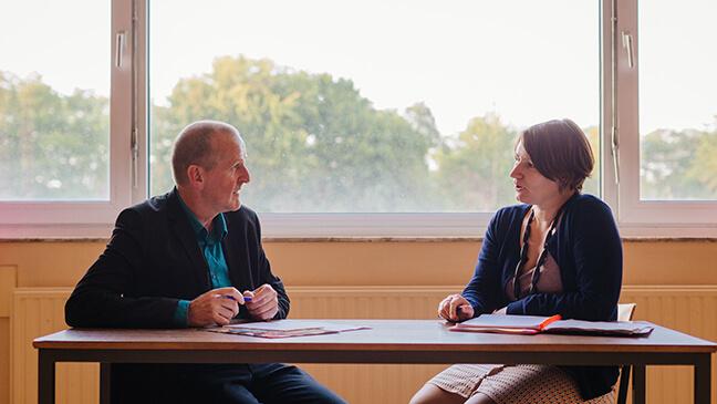 Raf Sondervorst geeft coaching aan leraar