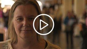 eindredacteur Katrien Van Der Slyken, van jongerenjournaal Karrewiet
