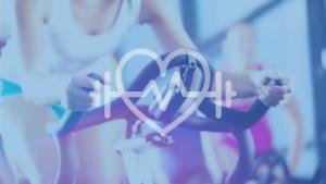 vrouw op fiets fitness