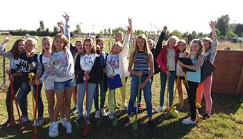 schoolgroep op Kijkboerderij De Pierlapont