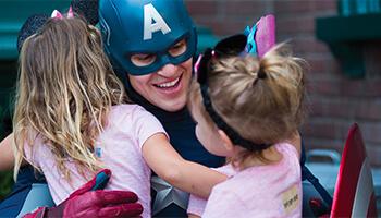 Marvel helden in Disneyland
