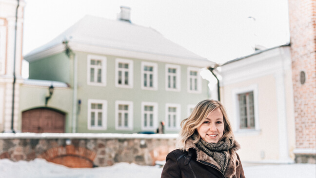Leraar Lies De Smaele in Estland