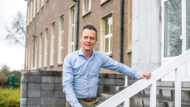 directeur Tom Cox