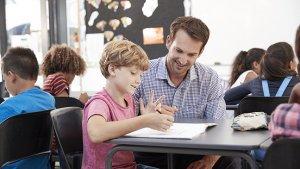 leraar voorziet opvang tijdens stakingsdag