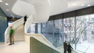 trap en hal van het Design Museum Den Bosch
