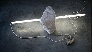 lichtgevende lamp voor steen