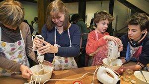 Kinderen op bezoek in Museum van de Molen en de Voeding