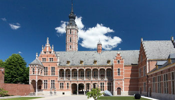 gebouw Museum Hof van Busleyden