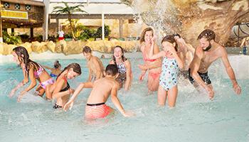 kinderen aan het spelen in aqualibi