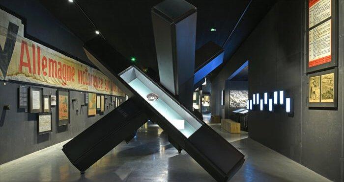 Beeld uit Mons Memorial Museum
