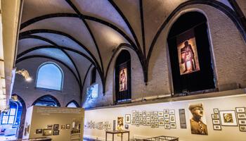 Een tentoonstelling in de sint-joriszaal