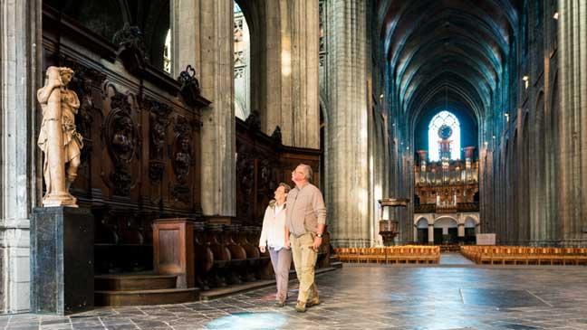Lerarendag Mons - Collegiale Ker kvan Heilige Waudru