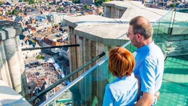 Boven op de Sint Romboutstoren te Mechelen