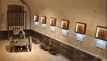 Binnenin het fort van Loncin