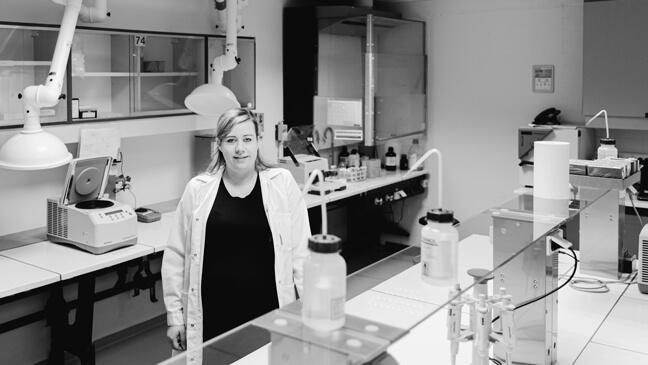 Hannelore Bove in een labo - tso bewuste studiekeuze