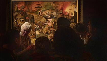 bezoekers voor de recent gerestaureerde Dulle Griet van Pieter Bruegel