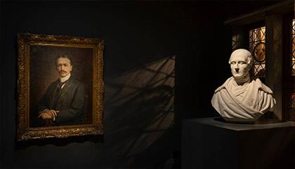 Portret van Fritz Mayer van den Bergh van Jozef Janssens en buste van Florent van Ertborn van Jozef Geerts