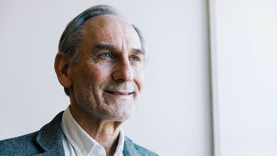 Professor Ferre Laevers, directeur van het Centrum voor Ervaringsgericht Onderwijs (CEGO) van de KULeuven doet al sinds de jaren70 onderzoek naar ondernemingszin bij leerlingen.