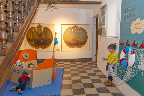 kinderen in museum t Gasthuys