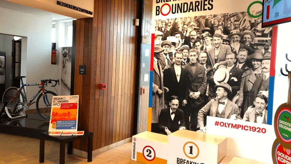 Overzicht van de expo 'breaking boundaries'