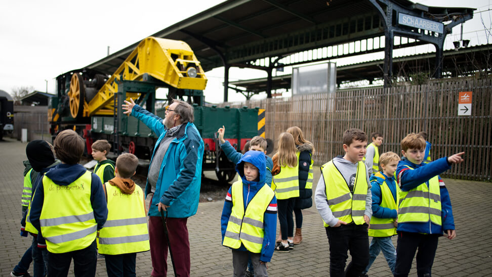 Oren en ogen open in Train World!