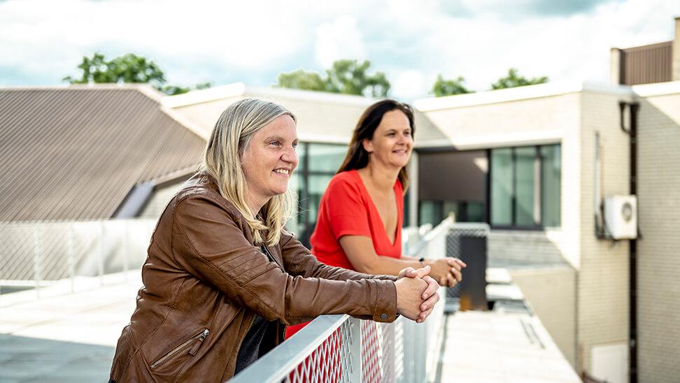 Maai Huyse en Sofie Deprez over Voorrang aan verbinding