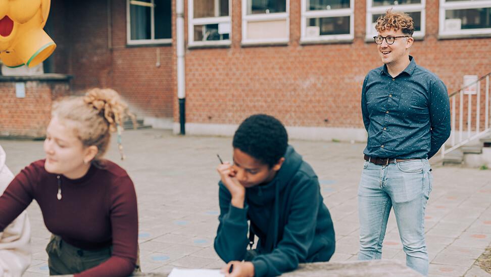 Directeur Thijs Craane over armoedebeleid op school