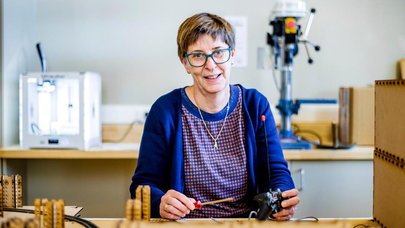 Portret wiskundeleraar Katelijne Simons van Provil Lommel