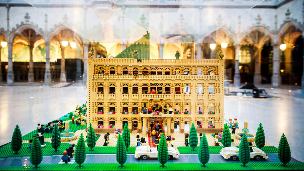 Expo LEGO Bricks in the city