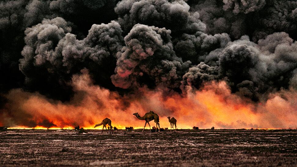 Al Ahmadi oil field, Kuwait, 1991