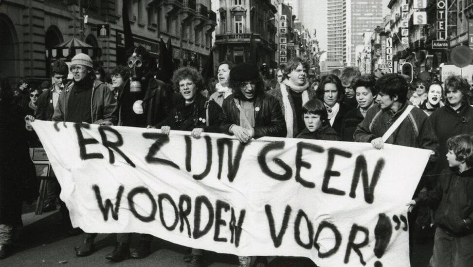 Oude foto van een betoging