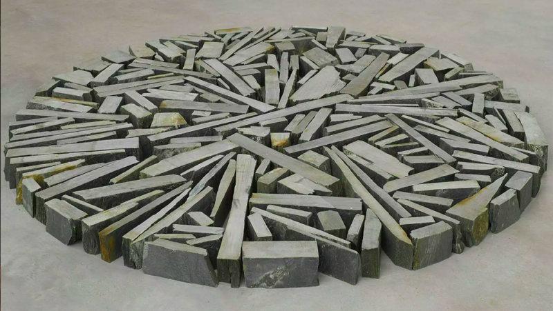 Kunstwerk Quiet Skies Circle van Richard Long